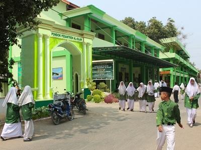Gedung Ponpes Al Islam Joresan