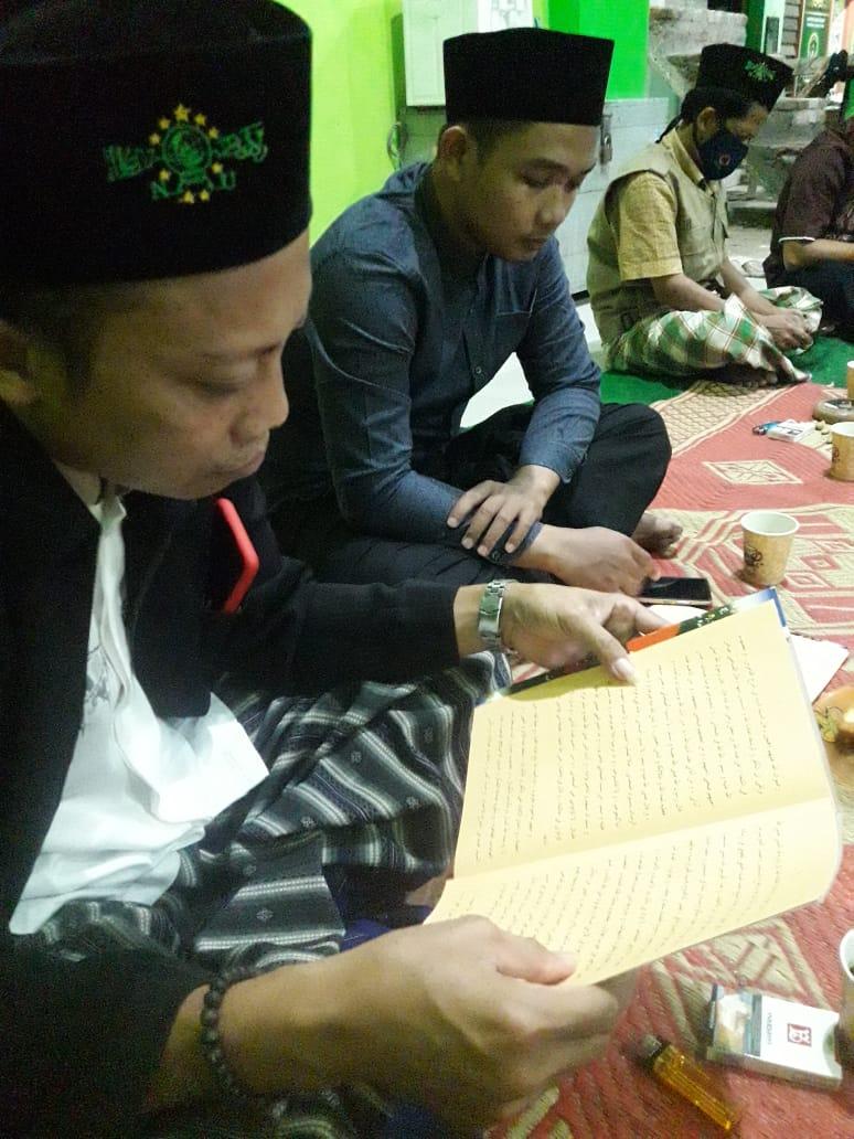 Peserta Pcnu Ponorogo Menggelar Ngaji Rutin Kitab Risalah Ahlussunnah Wal Jamaah