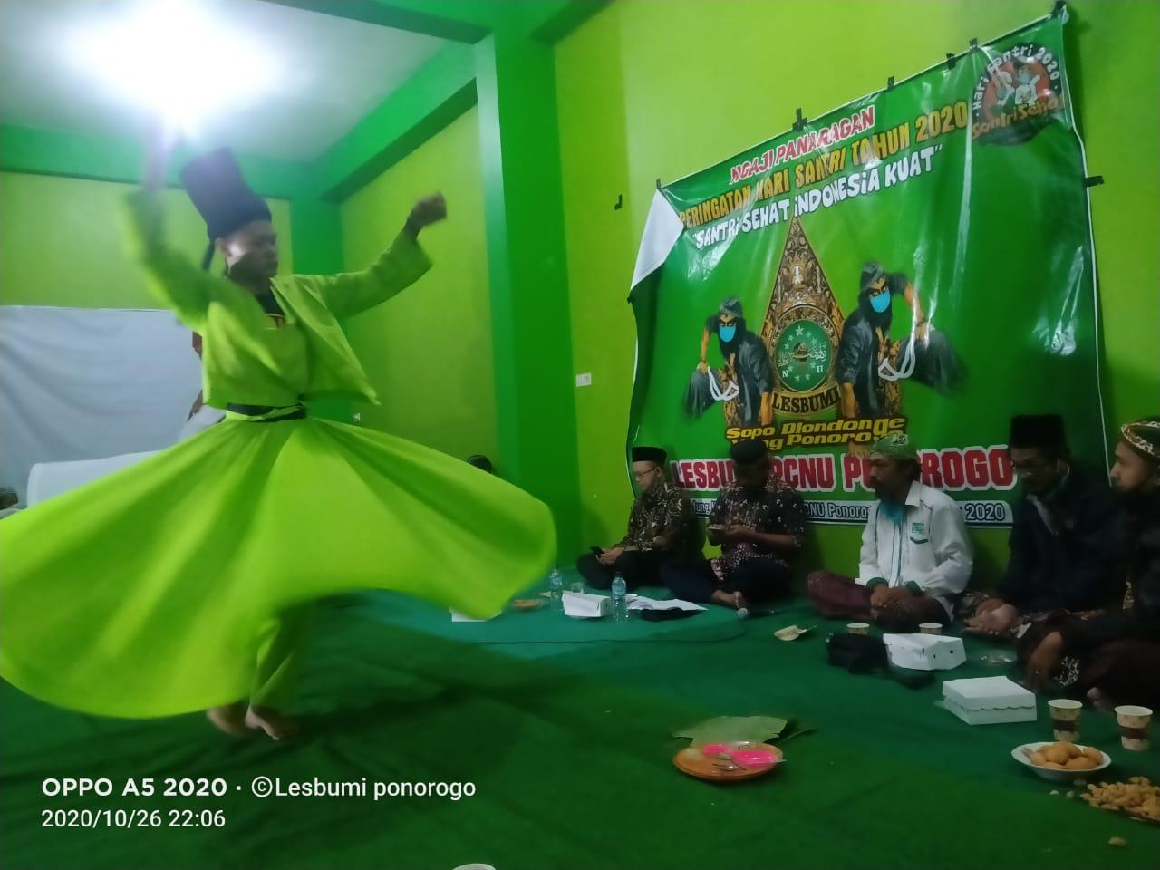 Tari Sufi menjadi sajian pembuka acara Ngaji Panaragan Lesbumi NU Ponorogo