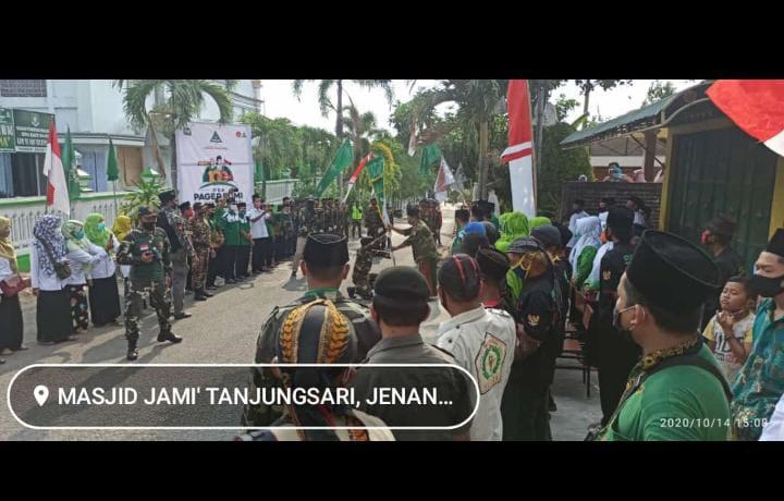 foto prosesi kirab 100 ribu do'a pager bumi KH.Hasyim Asy' ari di desa Tanjungsari- Jenangan