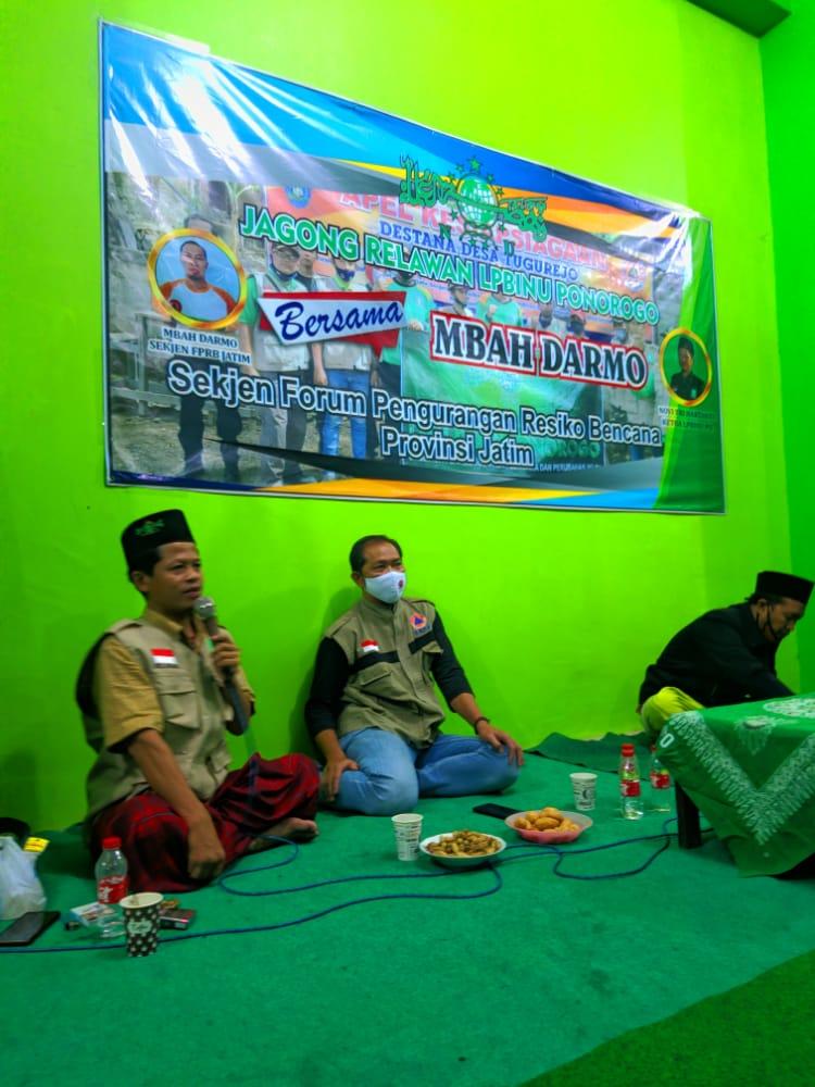 Ketua LPBI NU Ponorogo saat membuka Jagong Relawan di kantor PCNU
