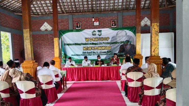 Pengelola Madin MTsN 4 bersama Kepala Madin Balong- Slahung ikuti workshop