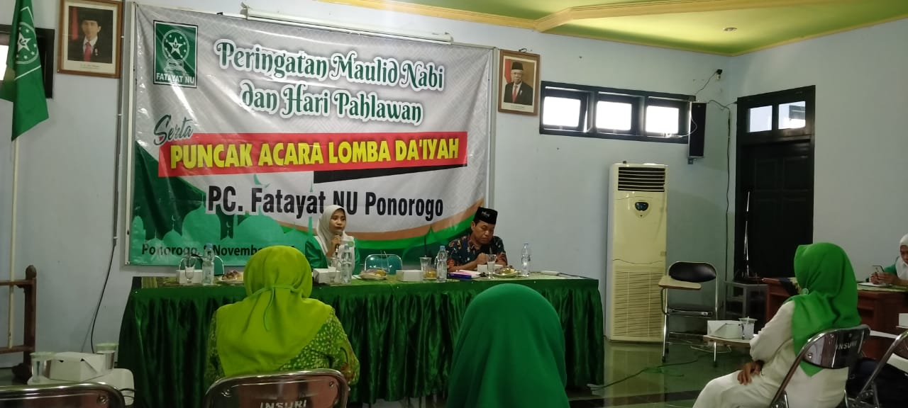Pengumuman pemenang lomba Da'iyah online bersamaan peringatan Maulid Nabi Muhammad SAW dan hari Pahlawan yang digelar PC Fatayat NU (811)