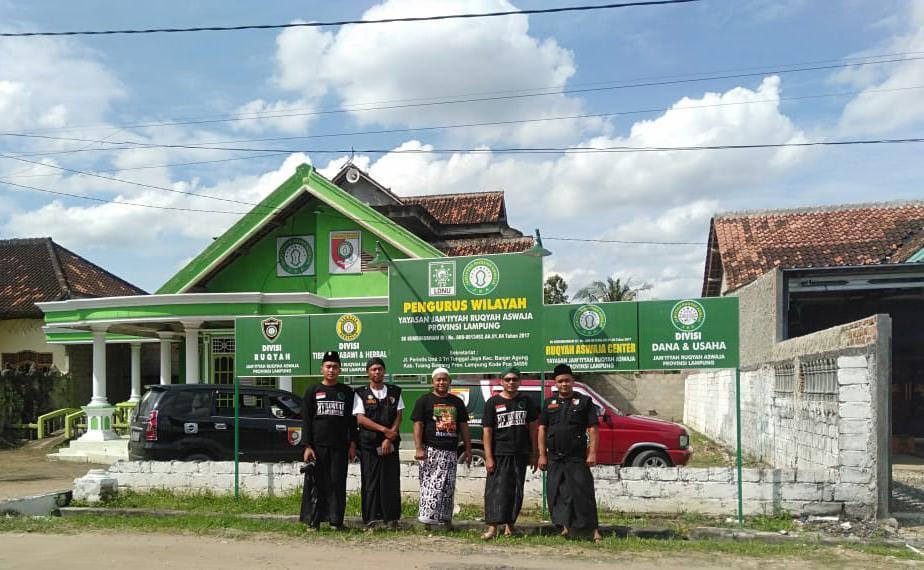 Tim JRA Batoro Katong Ponorogo saat tiba di Lampung