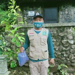 Foto Hariyanto, praktisi peduli sampah di TPST