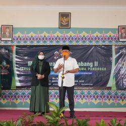 Bupati Sugiri Sancoko dan Wabup Lisdyarita saat membuka Muskercab II PCNU Ponorogo