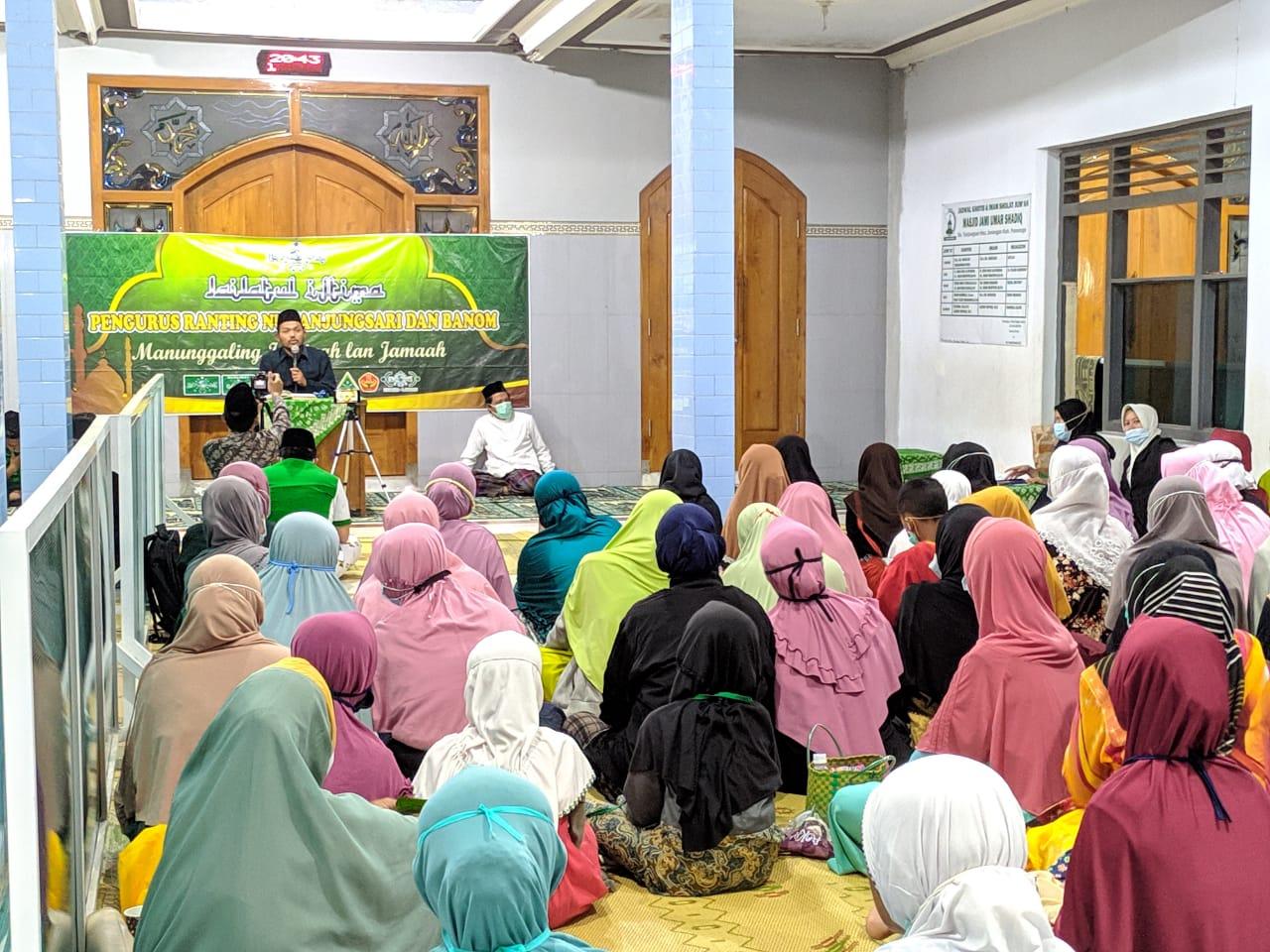 Jamaah mengikuti seksama acara LI NU Tanjungsari