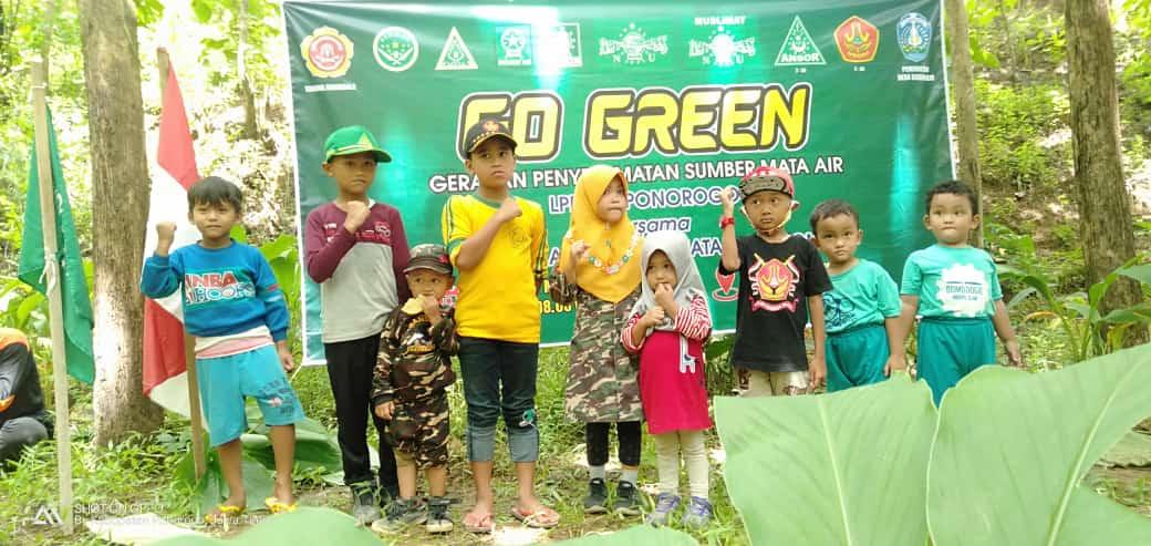 LPBI NU peduli lingkungan saat melakukan penghijauan di Sidowayah-Sidoarjo,Jambon