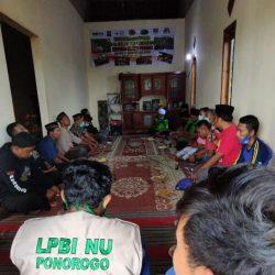 Acara do'a bersama untuk korban bencana tanah longsor Banaran di rumah Kepala Dusun Tangkil, Desa Banaran Kecamatan Pulung
