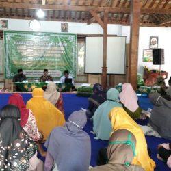 Pengurus dan Pengawas Bintang Swalayan MWCNU Mlarak menyelenggarakan RUPS tahunan