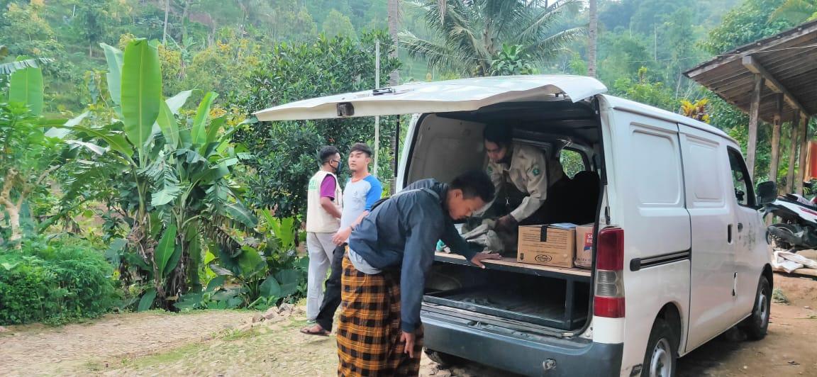 CBPKPP bersama LPBI NU saat turunkan bantuan kemanusiaan untuk korban musibah kebakaran rumah warga desa Wagir Kidul Kec.Pulung Ponorogo