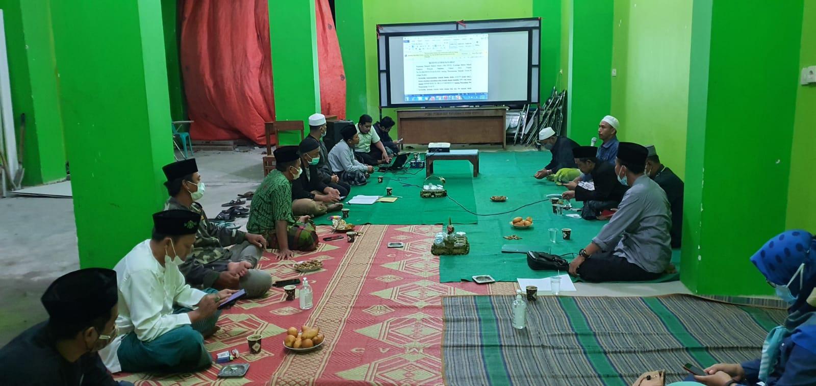 Rapat Finalisasi SOP dan Persiapan Diklat Pemulasaraan Jenasah Covid-19, Senin (28) di aula PCNU
